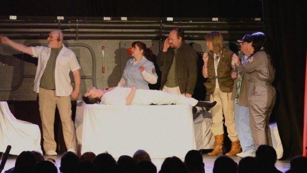 Closing Night + Alien on Stage (besloten)